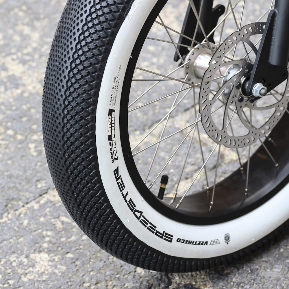 """VEE TIRE CO. WHITE-WALL SPEEDSTER TIRE 20 X 4.0"""""""